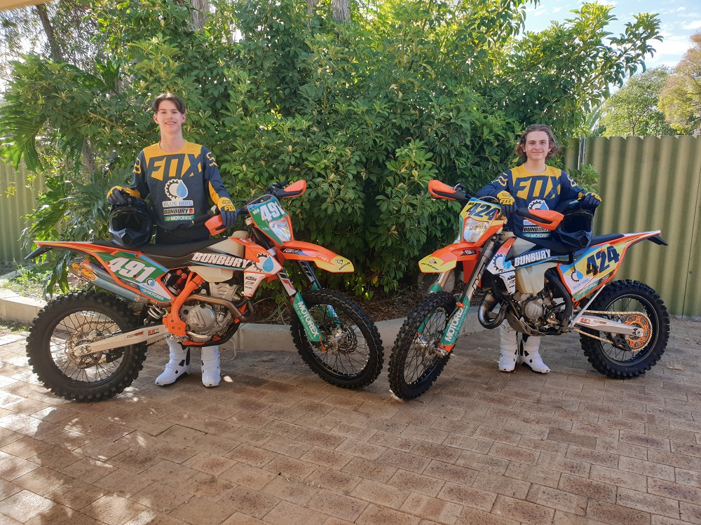 This image has an empty alt attribute; its file name is ktm-2.jpg
